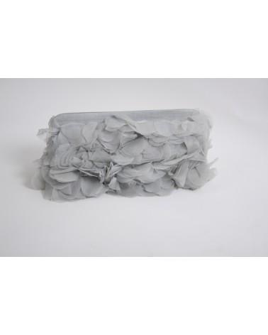 Pochette gris froufrou